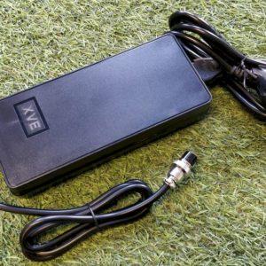 Chargeur rapide 67,2V – 3.5A pour Zero 10X